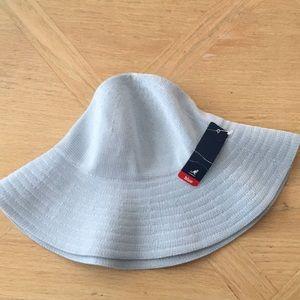 Kangol tropic diva hat!